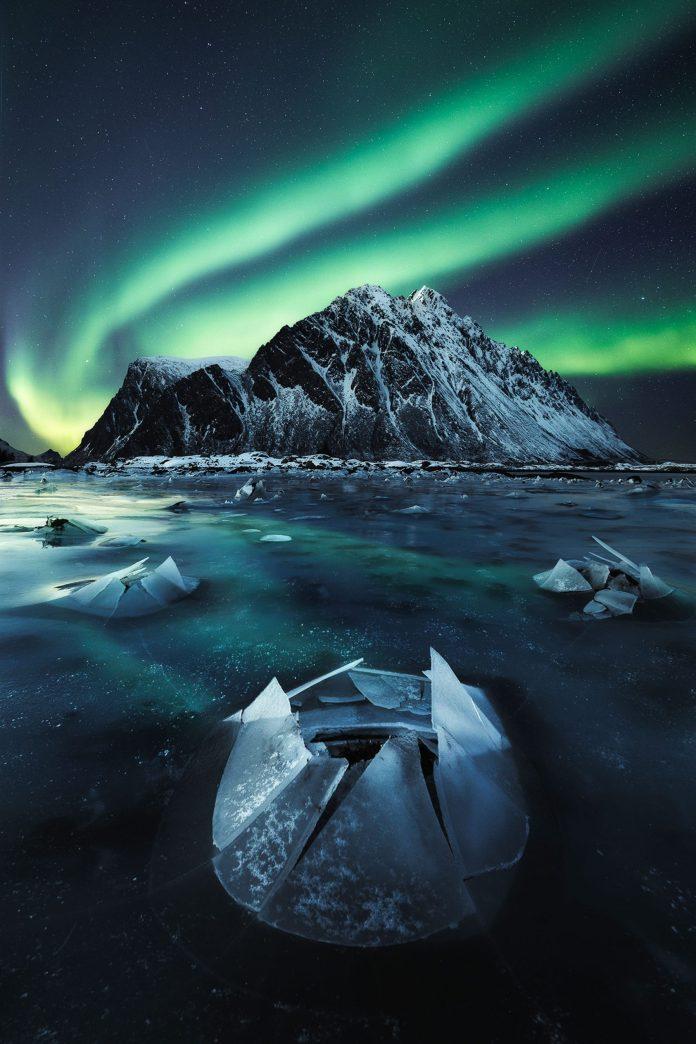Nhiếp ảnh gia của năm về Cực quang
